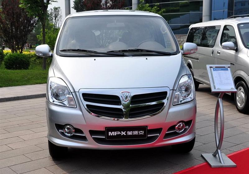 2010款2.5L财富快车标准版M250D-493ZQ3B