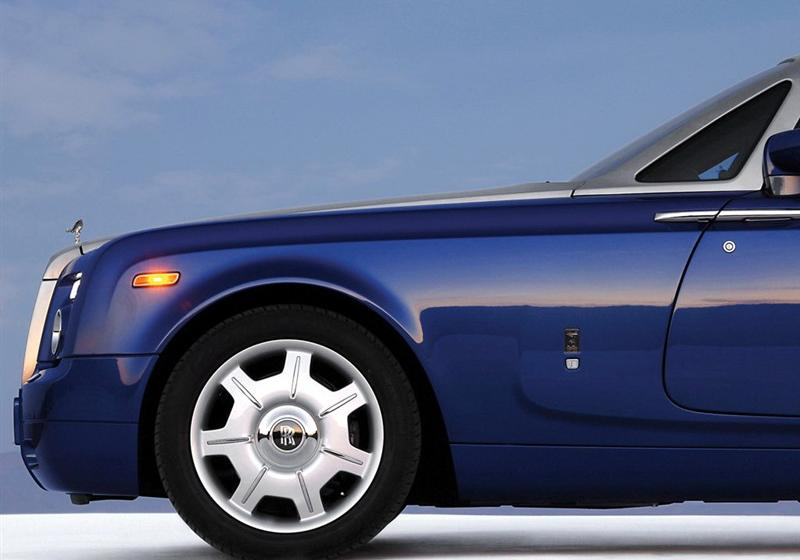劳斯莱斯 幻影 2007款 6.7 软顶敞篷车