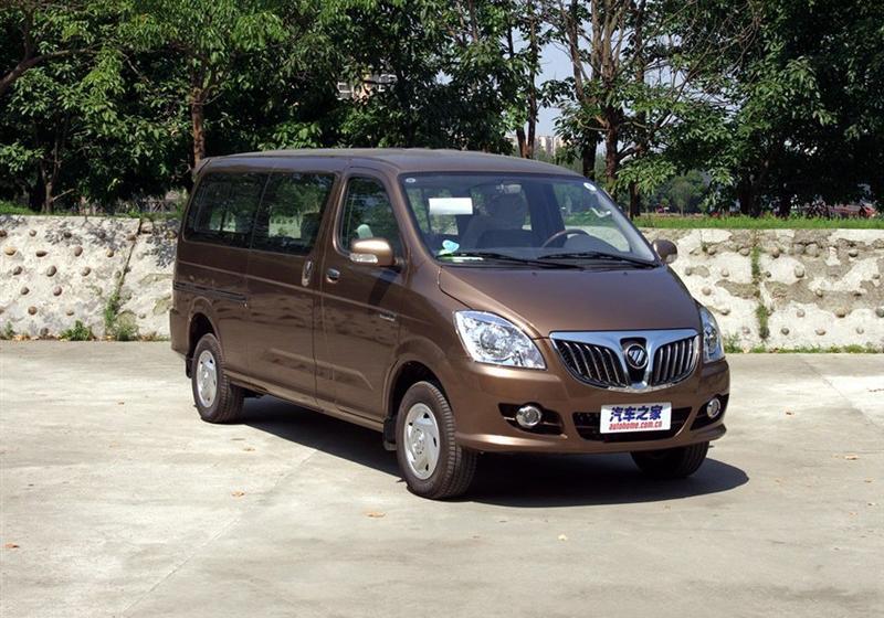 2014款2.5T财富快车舒适版简配4JB1T