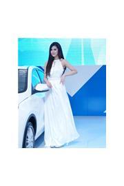 2013昆明泛亚国际车展车模现场照第5波:福特车模